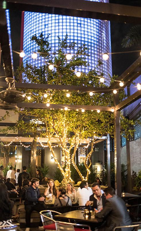 Siena Tavern Miami Patio